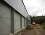 Opláštění a zastřešení montovaných hal