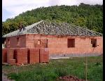 Realizace střech, montáž příhradových vazníků, pokládka střešní krytiny Jihomoravský kraj
