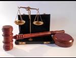 Služby v oblasti obchodního práva – obchodní smlouvy, založení společností, insolvence