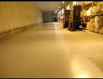 Průmyslové lité podlahy, polyuretanové, metylmetakrylátové, antistatické stěrky