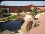 Realizace zahrad na klíč od návrhu přes osázení rostlinami až po vybudování jezírka