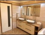 Rekonstrukce bytových jader, přestavba koupelny a kuchyně, bourací a zednické práce