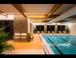 Wellness hotel Holzberg – ubytování v srdci Jeseníků, kryté bazény, sauna, masáže a bowling