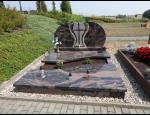 Hroby z přírodního kamene