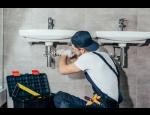 Služby hodinového manžela – opravy a údržba domácností, kanceláří, zahrad