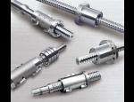 Spolehlivý dodavatel se širokou nabídkou kuličkových šroubů vyrobených dle norem a předpisů