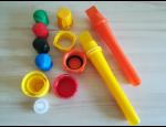 Výroba plastových uzávěrů na lahve vstřikováním technických termoplastů