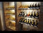 Výroba a prodej vlastních vín ve vinotéce nebo v e-shopu zborovsky.cz