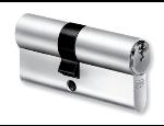 Klíčové systémy, vložky cylindrické a motorické, zámky, petlice a závory, mechatronické prvky