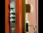 Bezpečnostní protipožární zařízení a dveře