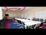 Pron�jem konferen�n�ch prostor a u�eben, v�kendov� firemn� pobyty v Praze