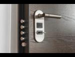 Bezpečnostní a protipožární dveře, dveře trezorového typu, únikové dveře