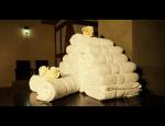 Ubytov�n� spojen� s wellnes relaxac� d�ky saun�m, mas��m, fitness, baz�nu a p��� o t�lo i ple�