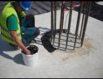 Bentonitov� t�sn�c� tmely MQ 100 MASTER k zaji�t�n� ut�sn�n� a dokonal�ho kontaktu s betonovou plochou