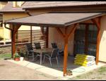 Dřevěné pergoly a garážová stání