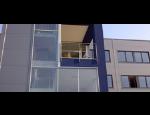 Hlin�kov� st�ny, okna, dve�e, prosklen� konstrukce a fas�dy, v�etn� protipo��rn�ho �e�en�