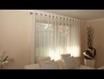 Závěsy a záclony klasické, krajkované, vyšívané, voály, moderní interiérový doplněk