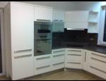 Kuchyňské linky na míru, kompletní realizace od A do Z včetně odborného poradenství a grafického návrhu