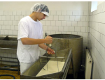 Střední průmyslová škola mlékárenská, obory analýza a technologie potravin