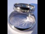 Zlaté snubní prsteny se zirkonem či briliantem, briliantové zásnubní prstýnky