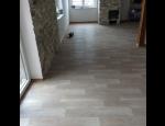 Pokládka podlahových krytin, laminátové, vinylové, dřevěné, korkové, PVC podlahy