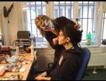 Maskérský rekvalifikační kurz, práce s parukami a líčením