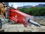 Podvozky, gumové pásy, řezací válce a náhradní díly pro stavební stroje