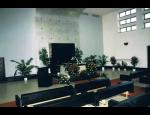 Pohřby církevní do hrobu, kremace a poslední rozloučení ve smutečních síních
