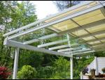 Terasové skleněné přístřešky s posuvnou nebo pevnou střechou
