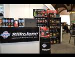 Maziva a oleje pro automobily, kamiony, stavební i zemědělské stroje