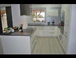 Kuchyňský nábytek na míru, kuchyňské linky moderní, klasické i rustikální
