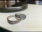 Široký sortiment šperků z chirurgické oceli - nízká cena, špičková kvalita a luxusní design