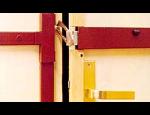 Mechanické zabezpečení objektů – bezpečnostní dveře, závory, zámky, klíčové systémy
