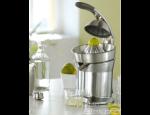 Lahodné šťávy díky kvalitním citrusovačům, mixéry pro domácnosti i gastronomická zařízení