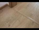 Vinylové podlahové dílce k lepení a vinylové plovoucí podlahy v e-shopu