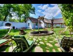Ubytování v penzionu Pastuška s restaurací a vinným sklepem na jižní Moravě