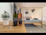 Vinařství Lípa s řízenou degustací vín a ubytováním v apartmánech
