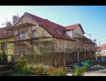 Rekonstrukce domů, přestavba koupelen, úpravy interiérů, zateplení fasád