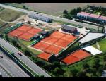 Výstavba a rekonstrukce tenisových kurtů