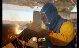 Profesionální svařování ocelového potrubí