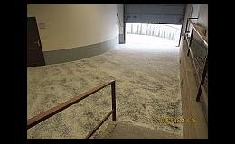 Podlaha z litého asfaltu v amdinistrativních budovách