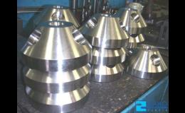 Obrábění kovů na CNC strojích, frézování, broušení, soustružení