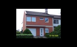 Výměna střechy, zateplení fasády, rozvody vody a topení