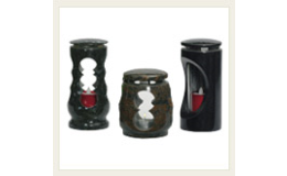 Hřbitovní doplňky z žuly a mramoru - svícny, lucerny