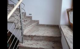 Kamenná schodiště na zakázku - kamenictví METAL GRANIT, spol. s r.o.