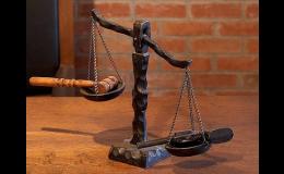 Pracovní a dědické právo, majetkové vztahy, rozvody