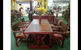 Masivní stoly a židle z teaku, teakové jídlení soupravy