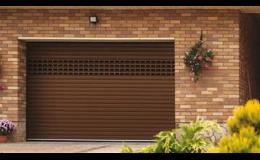 Sekční garážová vrata k rodinným domům - TECHNOPARK CZ