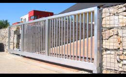 Hliníkové vjezdové brány včetně pohonů a příslušenství