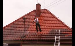 Účinná ochrana střech před znečištěním a vlhkostí
